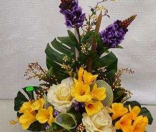 Stroiki i dekoracje z kwiatów sztucznych2